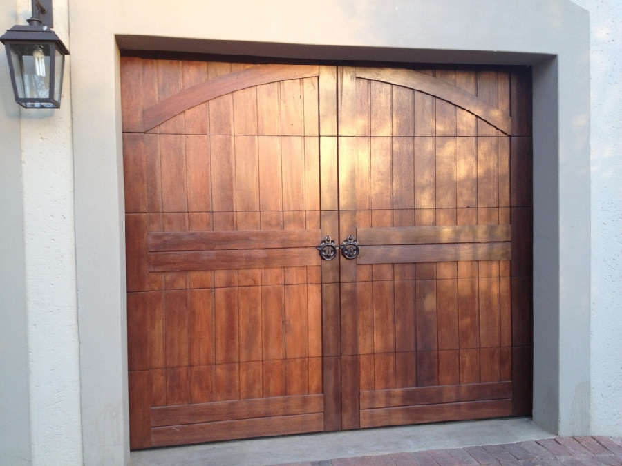 barn-arched-single-door